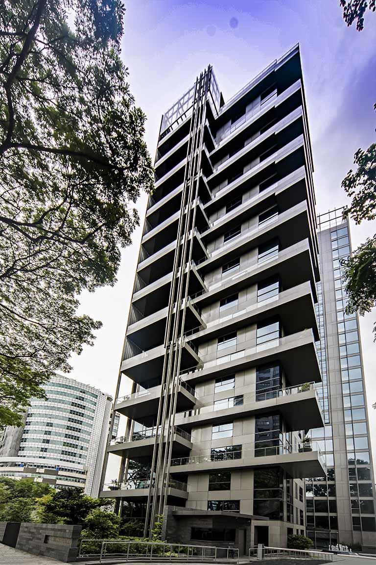 Westwood Condominium Seiko Architectural
